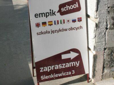 Roll up niski do szkoły językowej w Białymstoku
