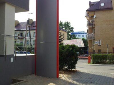 Pylon reklamowy z kasetonem w Białymstoku